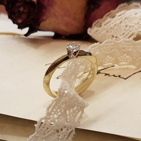 Verlobungsring Grüngold Brillant (250739)