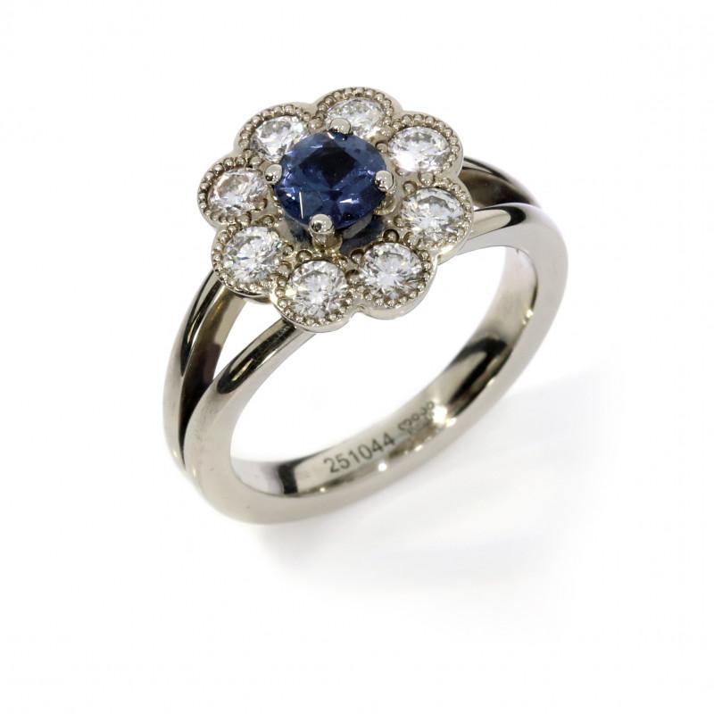 Entouragering Verlobungsring Bluemchenring Brillanten Spinell blau (251044)